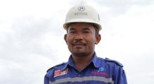 Jhonlin Group, Tokoh, Sukron, PT. Jhonlin Baratama, Kalimantan Selatan, Tanah Bumbu, Batulicin, h isam